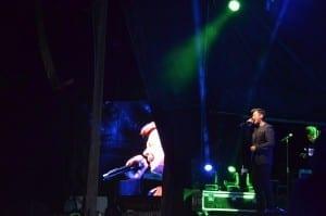 Rick Astley T-Live